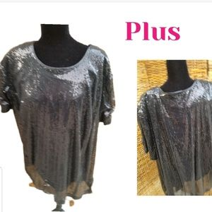 Maggie Barnes small sequin. Bling tee 2X